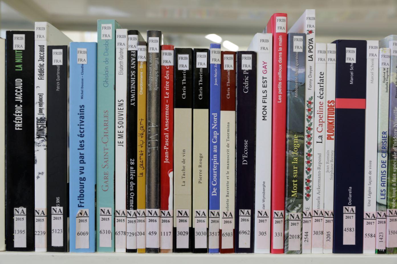 Imprimés contemporains à la Bibliothèque cantonale et universitaire