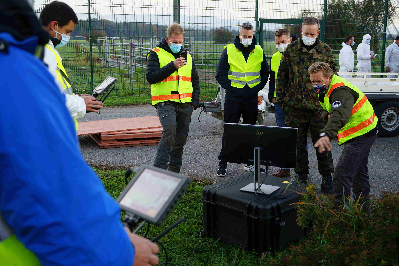 Images en direct du drone qui survole la zone de protection
