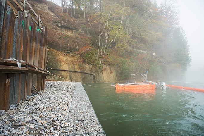 Sanierung des Ufers und des Betts der Saane auf der Höhe der Deponie, September - Oktober 2013