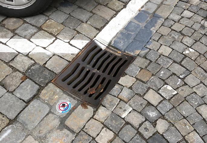 """""""Kein Schmutzwasser ins Gewässer"""", Murten"""