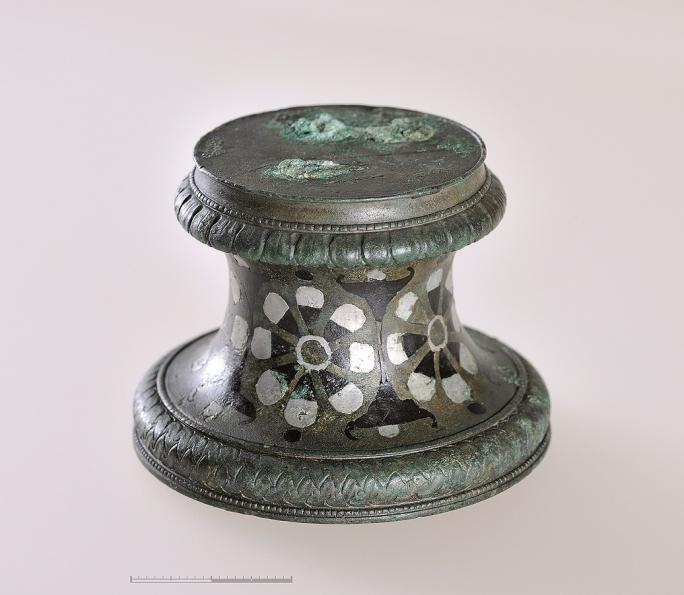 CAF 2018 - Socle de statuette de la villa romaine de Courtepin/Fin Dessus