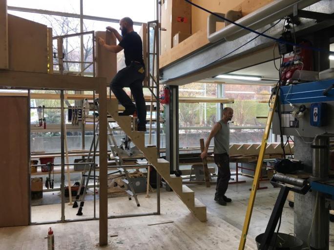 Construction du décor dans l'atelier des Osses - novembre 2018