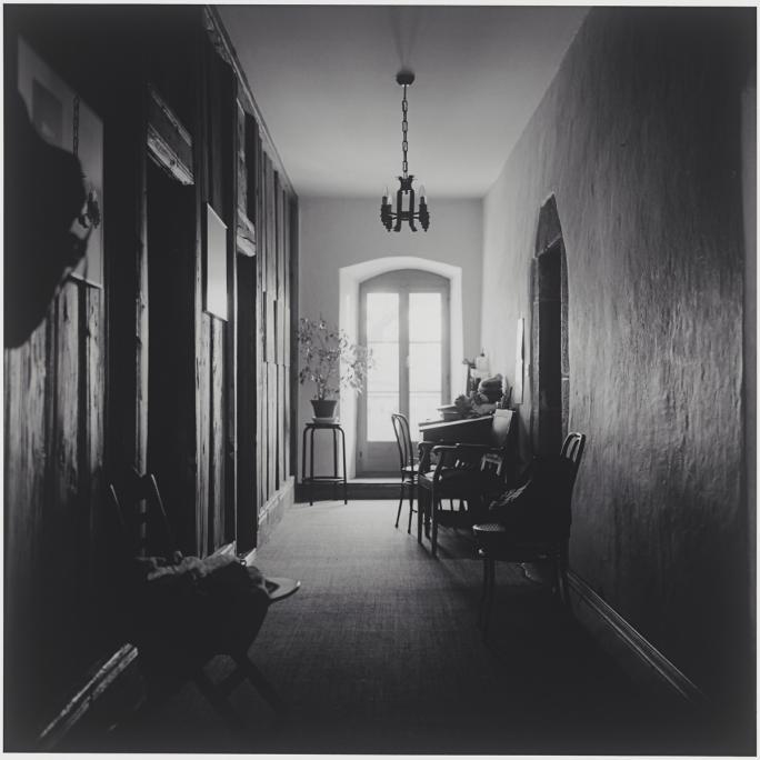 Caroline Wagschal, Intérieurs fribourgeois (2001), Grand-Rue, Châtel-St-Denis
