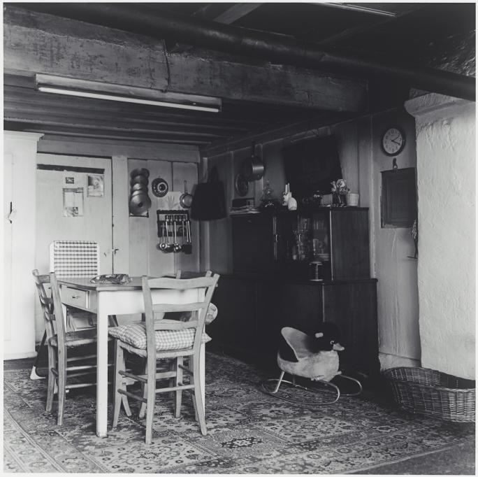 Caroline Wagschal, Intérieurs fribourgeois (2001), Route du Cousimbert, Montévraz