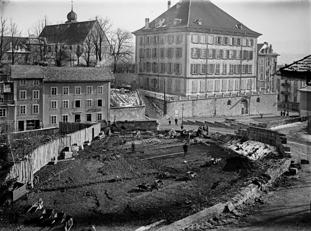 Travaux précédant la construction de la BCU en haut du Varis, Fribourg, 1907-1908