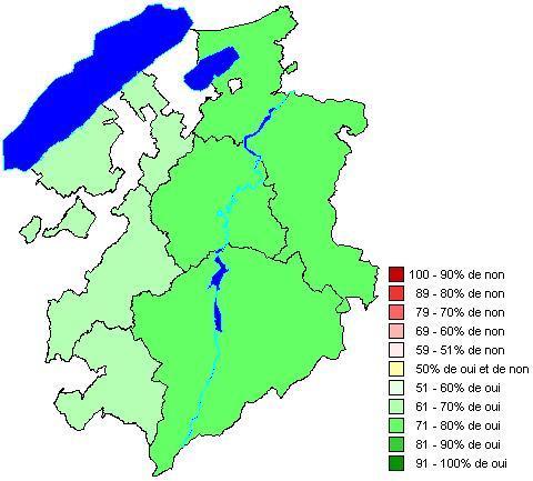 Résultats par districts: Loi portant adhésion du canton de Fribourg Loi du 9 décembre 2010 relative à l'encouragement aux fusions de communes (LEFC)