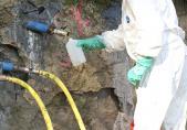 Horizontalbohrungen zur Fassung des Wasserflusses im Oberlauf und vertikale Bohrungen für die Pumpbrunnen, September 2011