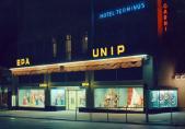 Nouveaux Grands Magasins SA (EPA-UNIP) extérieur nuit, Fribourg, 1968