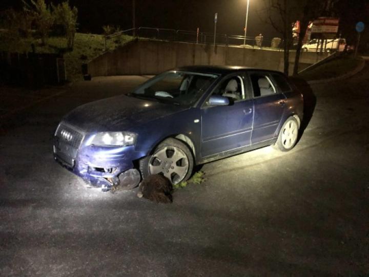 Deux accidents provoqués par des automobilistes en état d'ivresse à Courtepin et à Bossonnens / Zwei Verkehrsunfälle in Courtepin und Bossonnens, verursacht durch alkoholisierte Automobilisten