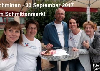 La promotion des agent-e-s Schmitten gemeinsam au marché du village