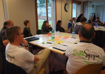 Des agent-e-s Bulle Sympa à un atelier participatif de la journée cantonale