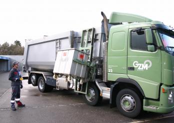 Camion pour le transport de déchets animaux