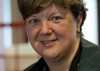 Isabelle Chassot, ancienne Conseillère d'Etat/alte Staatsrätin, (1965)