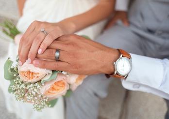 Mains d'un couple - Hände eines Paares