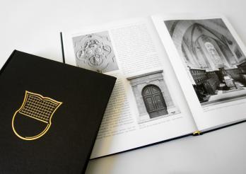 Die berühmten « schwarzen Bände » der Reihe « Die Kunstdenkmäler der Schweiz»