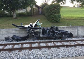 Acccident auto-train à Châtel-St-Denis