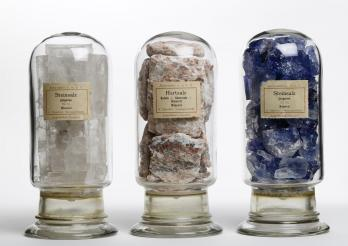 Das kantonale Geologiemuseum von Lausanne. Sammlung von Salzen aus dem ehemaligen Bergwerk Leopoldshall, Deutschland
