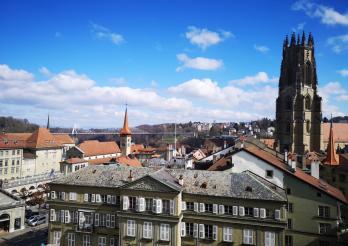 Vue de Fribourg depuis l'Hôtel cantonal