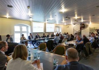 Conférence de presse à l'hôtel cantonal