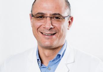 Prof. Anis Feki -  médecin-chef de la Clinique de gynécologie et obstétrique de l'HFR Fribourg – Hôpital cantonal (photo HFR/Alexandre Bourguet)