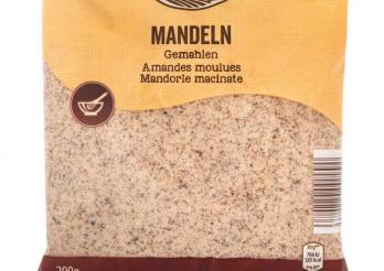 la photo montre un sachet d'amandes moulues de la marque Happy Harvest distribué par Aldi