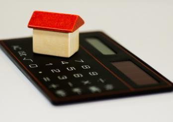 maison en bois sur calculette