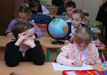 photo d'élèves dans une classe