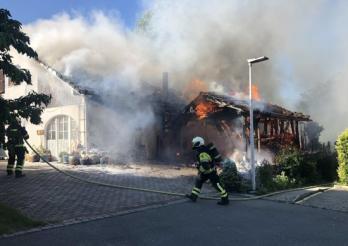 Un chalumeau boute le feu à une villa à Salvenach / Ein Gasbrenner setzt eine Villa in Brand in Salvenach