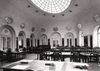 Bibliothèque cantonale et universitaire (BCU), salle de lecture principale, Fribourg, 1909