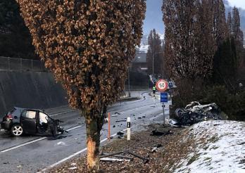 Une automobiliste grièvement blessée et héliportée à Epagny / Eine Automobilistin wird bei einem Unfall in Epagny schwer verletzt