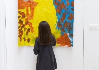 """""""Einfach Küken"""" - Kinder malen die Plakate"""