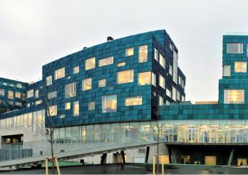 Solarmodule Kromatix an der internationalen Schule von Kopenhagen