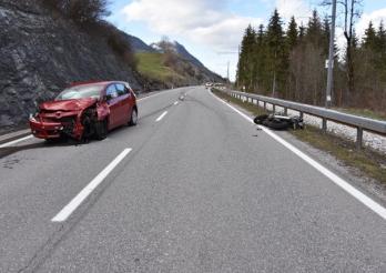 Un accident frontal fait trois blessés à Les Sciernes d'Albeuve