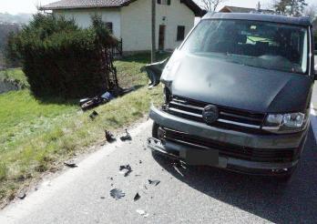 Motard blessé grièvement dans un accident à Giffers/Motorradfahrer bei Unfall in Giffers schwer verletzt