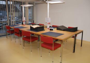Salle de consultation des Collections spéciales de la BCU