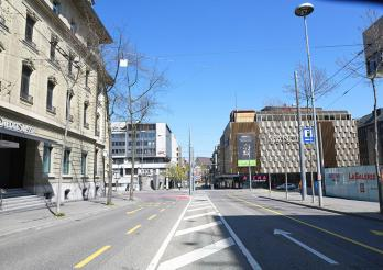 Avenue de la Gare à Fribourg pendant le semi-confinement 2020