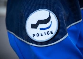 Agression d'un adolescent de 14 ans à Vuadens : deux auteurs présumés placés en détention provisoire / Aggression auf einen 14-jährigen Jugendlichen in Vuadens: Zwei mutmassliche Täter vorläufig festgenommen