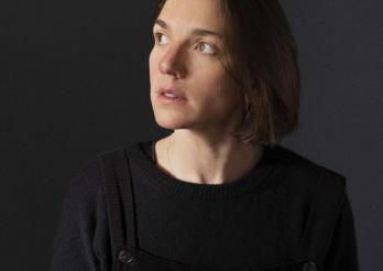 La 13ème édition de l'Enquête photographique fribourgeoise a été confiée à Cécile Monnier.