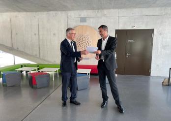 Der Staat Freiburg und der FGV bündeln ihre Kräfte im Bereich der Digitalisierung