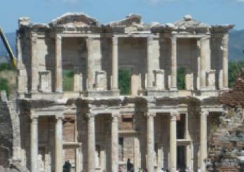 La bibliothèque dans l'Antiquité classique et sa place dans la cité