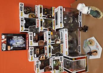 1 lot de figurines Star Wars