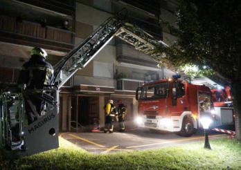 Dégagement de fumée dans un immeuble à Marly – Evacuation des habitants / Rauchentwicklung in einem Gebäude in Marly - Evakuierung der Bewohner