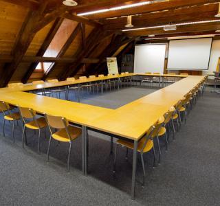 Sitzungsraum Les Mésanges 201, Gebäude M, Grangeneuve