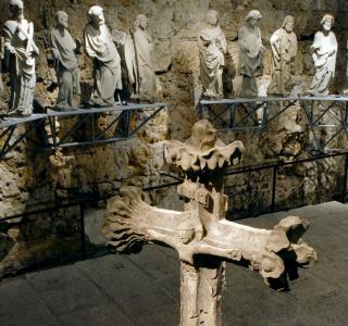 Steinskulptur aus Mittelalter und Barock