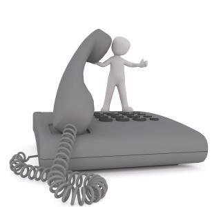 Bonhomme avec téléphone