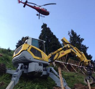 Acheminement du matériel par hélicoptère