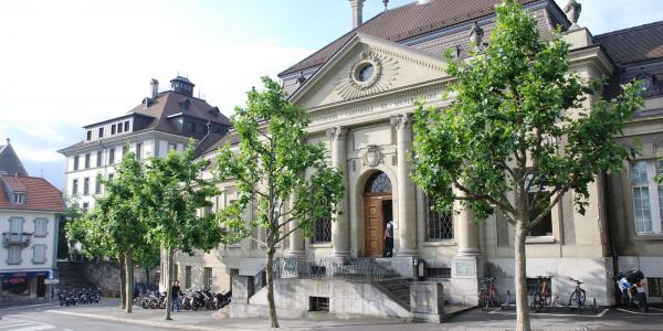 Façade de Bibliothèque cantonale et universitaire Fribourg