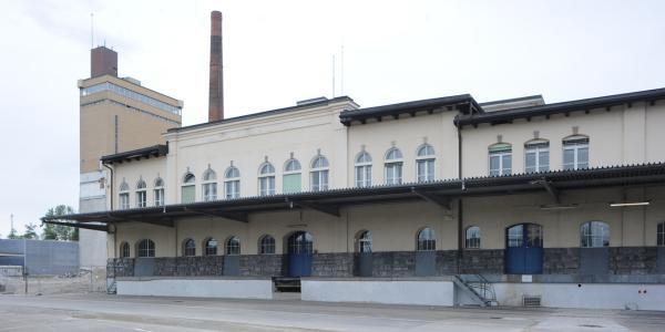 Fribourg, l'ancienne brasserie du Cardinal, un témoin de l'architecture industrielle du XXe siècle