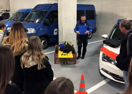Visites et stages à la Police cantonale