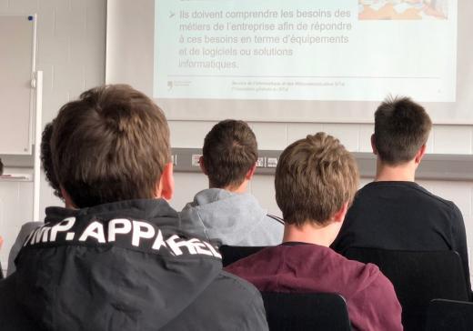 Le SITel a organisé un stage préprofessionnel d'informaticien destiné aux jeunes en 2ème année du CO
